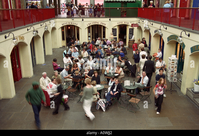 ENGLAND LONDON Wine Bar And Restaurant In Covered Area Of Covent Garden Market