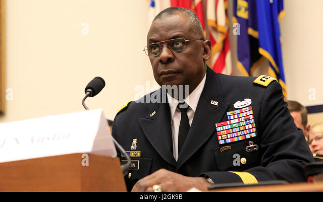 General Lloyd James Austin Iii Stock Photos & General