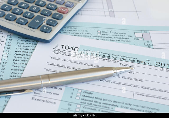 Federal tax stock photos federal tax stock images alamy for 1040 line 28 tax table