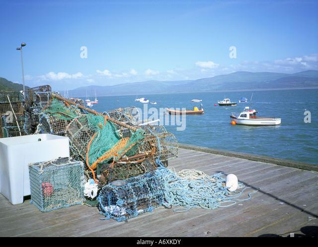 Aberdovey pier fishing stock photos aberdovey pier for Pier fishing net