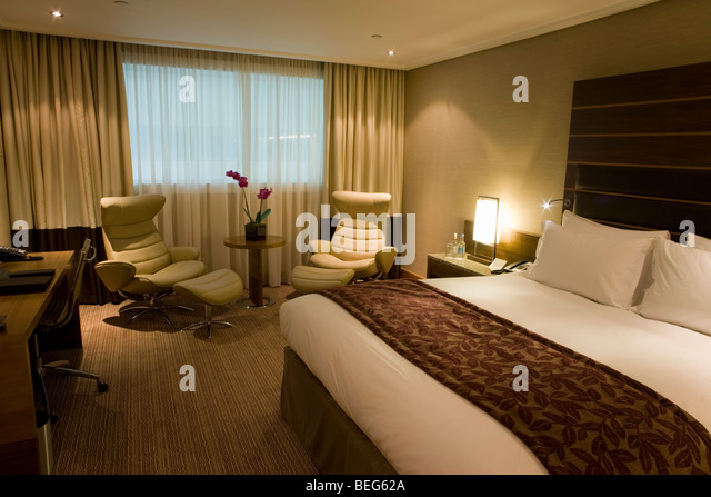 Luxurious king stock photos luxurious king stock images for Luxury hotel chains