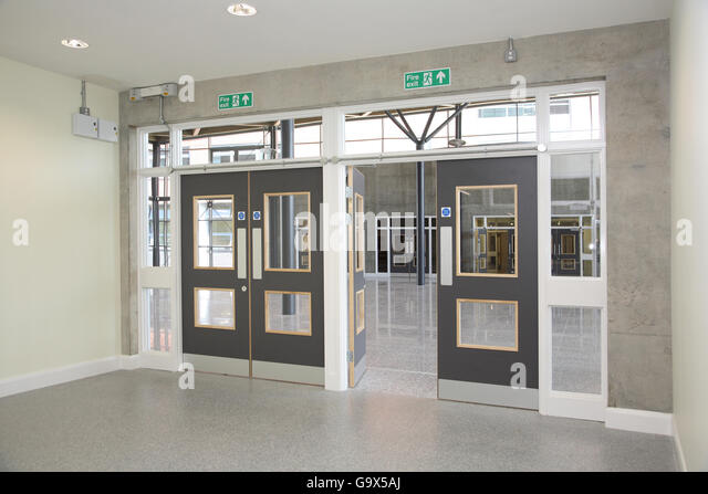 Entrance hall interior open door stock photos entrance for Modern entrance hall