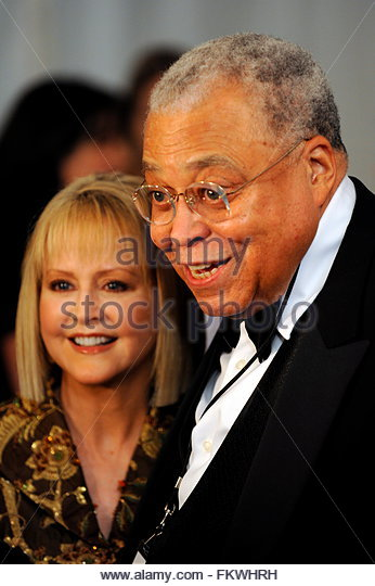 Pin James-earl-jones-r-and-his-wife-cecilia-hart-arrive-at ...
