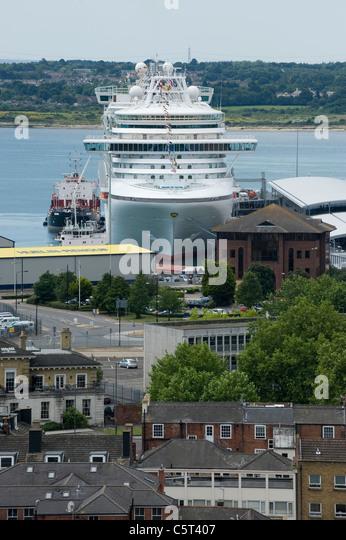 Southampton Cruise Terminal Stock Photos Southampton Cruise - Southampton cruise ship parking