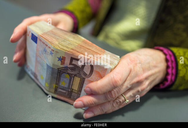 5000 euros stock photos 5000 euros stock images alamy. Black Bedroom Furniture Sets. Home Design Ideas