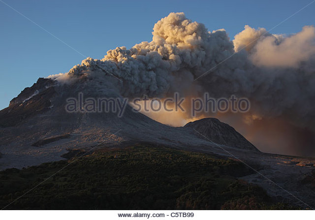 an examination of the soufriere hills volcano in the caribbean Since the soufrière hills volcano began erupting in july 1995, the southern part of the island has been more or less off limits plymouth, montserrat's capital, was abandoned in 1997 after being buried deep in ash and volcanic debris.