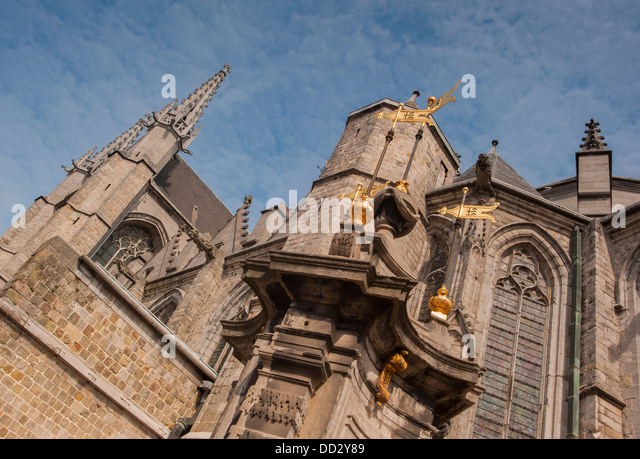 gargoyles church architecture stock photos gargoyles church architecture stock images alamy. Black Bedroom Furniture Sets. Home Design Ideas