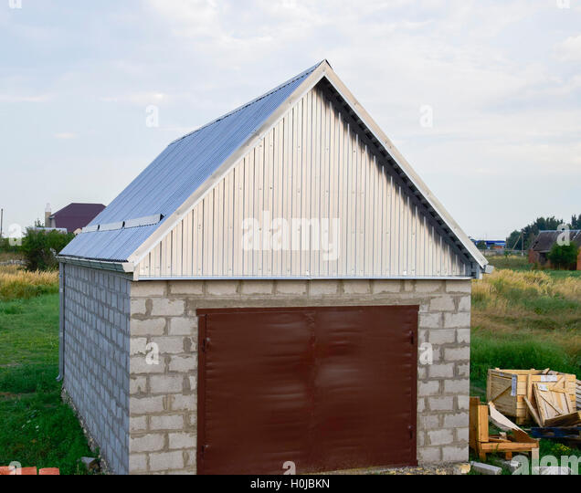 Galvanised Iron Roof Stock Photos Amp Galvanised Iron Roof