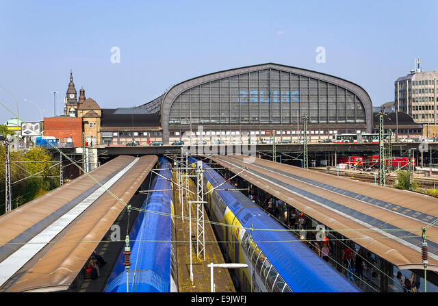 hamburg main train station stock photos hamburg main train station stock images alamy. Black Bedroom Furniture Sets. Home Design Ideas