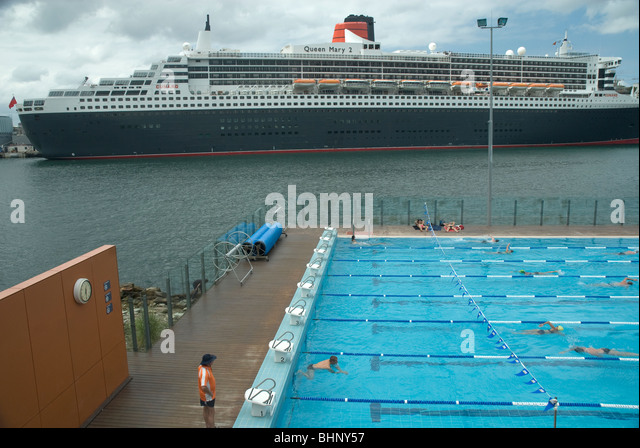 Berthed stock photos berthed stock images alamy - Queen mary swimming pool victoria ...