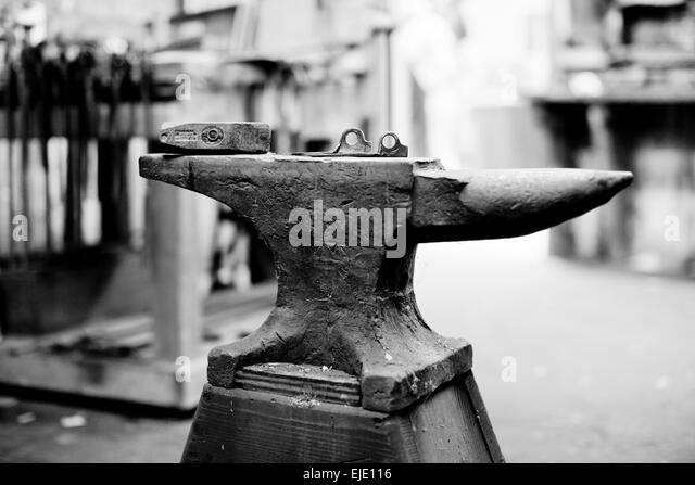 anvil black and white stock photos  u0026 images