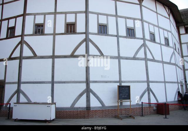 Tudor Windows windows tudor stock photos & windows tudor stock images - alamy