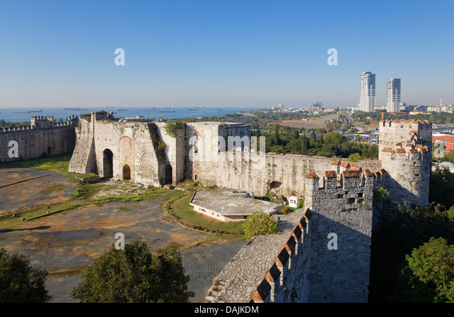 Yedikule Fortress Stock Photos & Yedikule Fortress Stock Images - Alamy