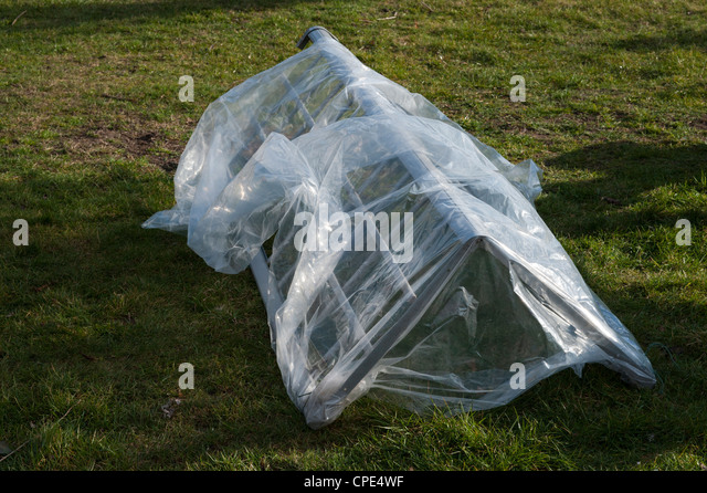 garden cloche - Stock Image & Garden Cloche Plant Protection Stock Photos u0026 Garden Cloche Plant ...