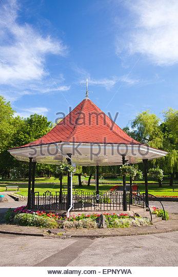 pontypridd muslim Address: lanwern road, maes-y-coed, pontypridd, rhondda cynon taff,  cf37 1eq sector: primary local authority: rhondda cynon taf county borough council .