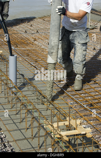 loose construction 2300, dry loose wet for dust suppression wet mixed with soil construction  debris, asphalt or concrete: loose, 2400 construction debris.