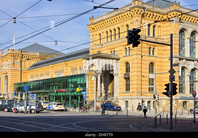 hannover germany train stock photos hannover germany train stock images alamy. Black Bedroom Furniture Sets. Home Design Ideas