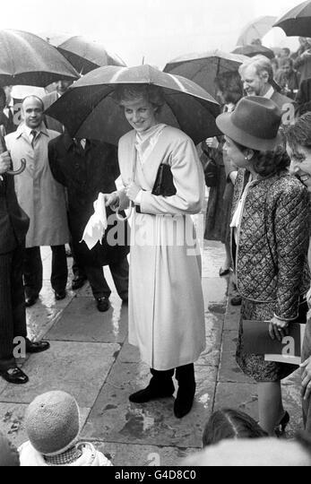 Royalty diana princess wales visit stock photos royalty for 32 princess of wales terrace