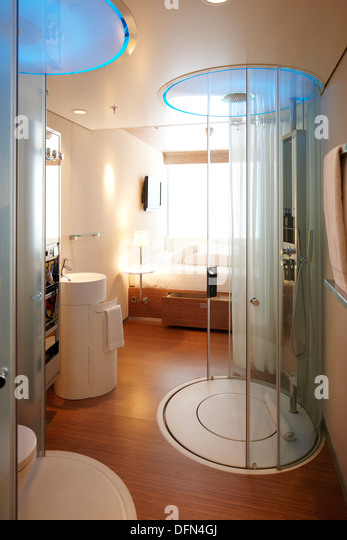 Room With Rain Shower, Citizen M Hotel, Amsterdam, Netherlands   Stock Image