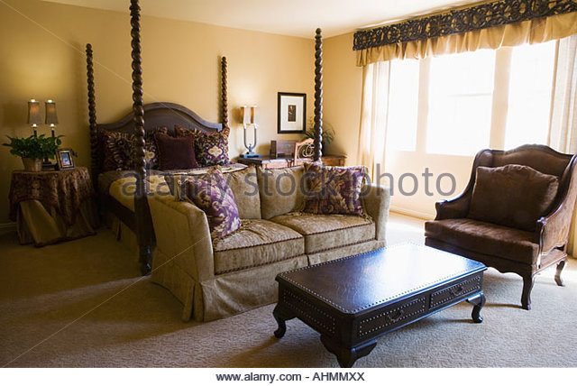 Bed post stock photos bed post stock images alamy Elegant master bedroom bedding