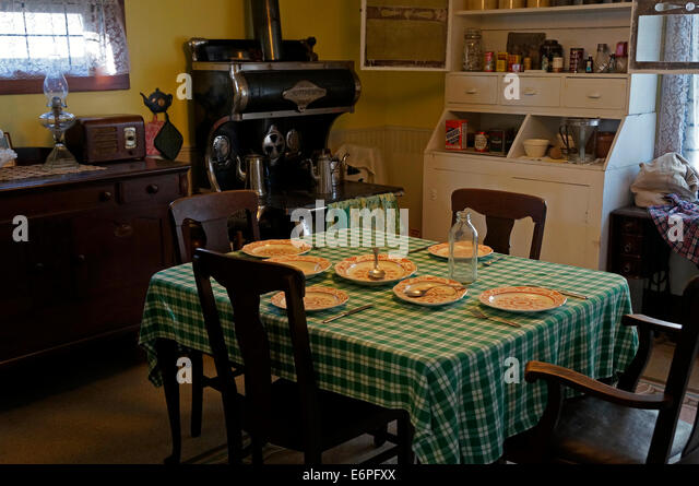 Charming Old Fashioned Kitchen And Dining Room In The Steveston Museum, Steveston  Village, British Gallery