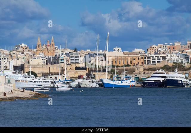 River Island Store Malta