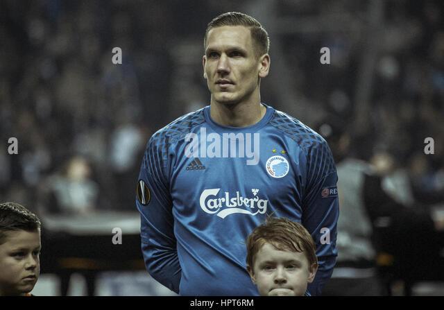 Robin olsen goalkeeper stock photos robin olsen for Robin olsen squadre attuali