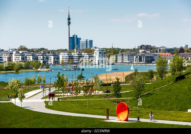 how to build artificial lake