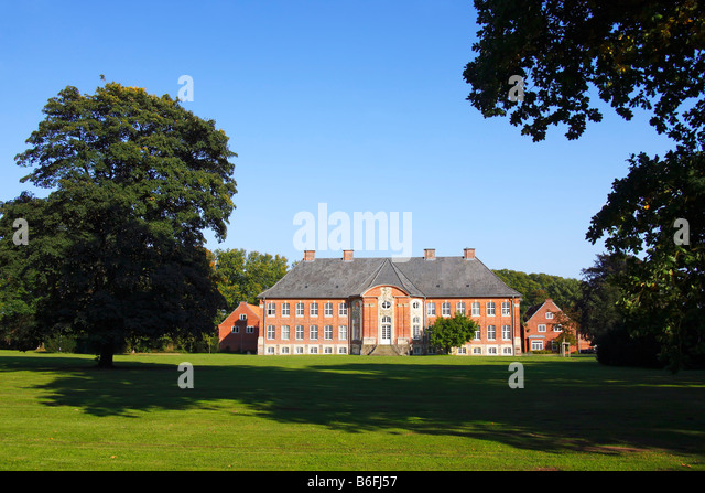 Stunning Manor House Stock Photos  Manor House Stock Images  Alamy With Glamorous Back Of Borstel Castle Manorhouse And Castle Garden Borstel Stormarn  District With Attractive Montana Botanical Gardens Also Garden Hose Fittings In Addition Garden Beans And Gardeners World  Issues For  As Well As Summer House Garden Shed Additionally Pop Up Garden From Alamycom With   Glamorous Manor House Stock Photos  Manor House Stock Images  Alamy With Attractive Back Of Borstel Castle Manorhouse And Castle Garden Borstel Stormarn  District And Stunning Montana Botanical Gardens Also Garden Hose Fittings In Addition Garden Beans From Alamycom