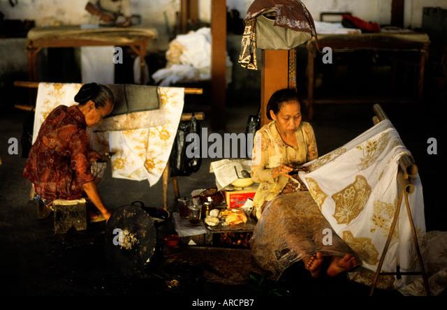 Clothes Batik Stock Photos & Clothes Batik Stock Images - Alamy