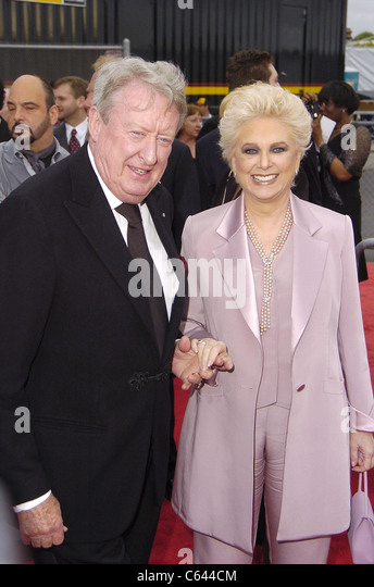 Late bloomers suzanne pleshette tom poston married late
