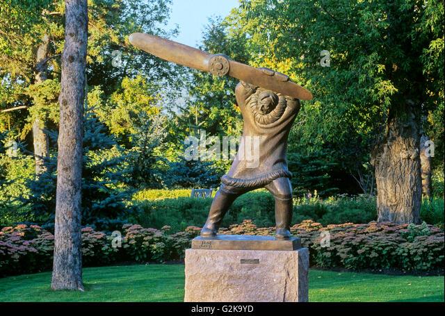 Bronze Sculpture Garden Stock Photos Bronze Sculpture