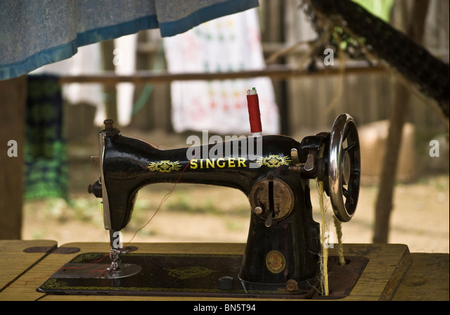 singer treadle sewing machine bobbin