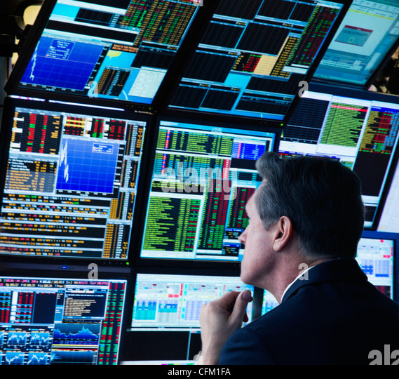 Stock Trader Stock Photos Amp Stock Trader Stock Images Alamy