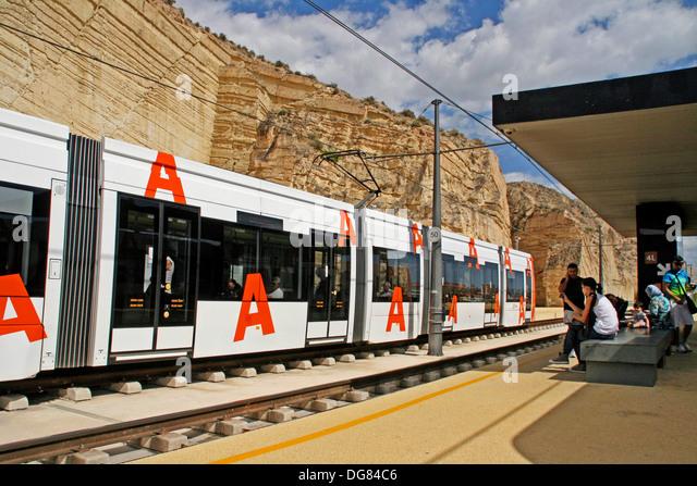 alicante tram station