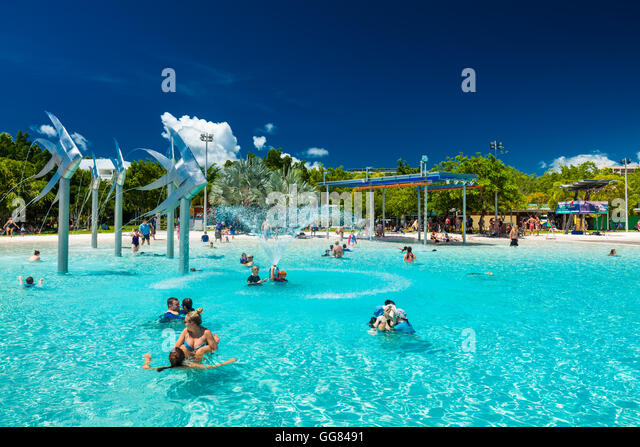 cairns swimming pool stock photos cairns swimming pool stock images alamy