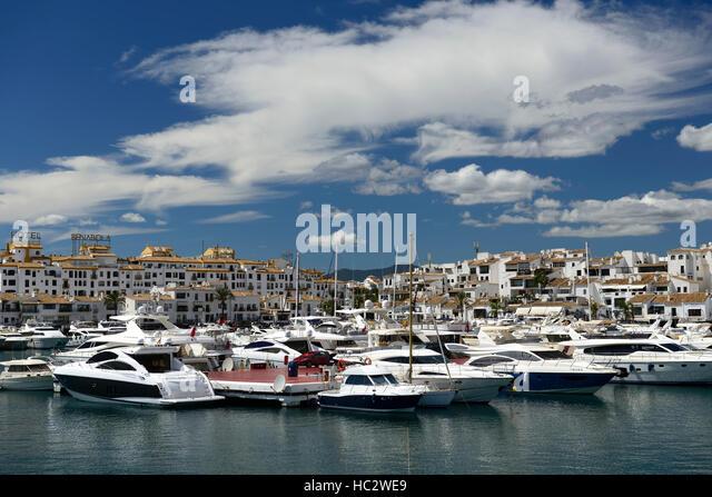 Banus boat stock photos banus boat stock images alamy for Puerto banus costa del sol