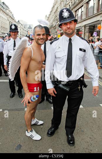 Гей для полицейского