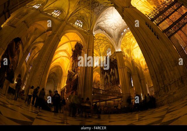 Sevilla cathedral interior stock photos sevilla cathedral interior stock images alamy - Catedral de sevilla interior ...