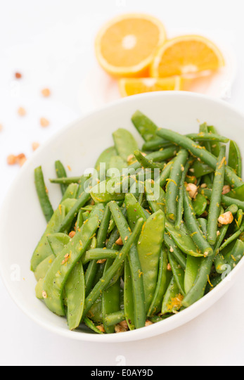 Pea Pods Stock Photos & Pea Pods Stock Images - Alamy