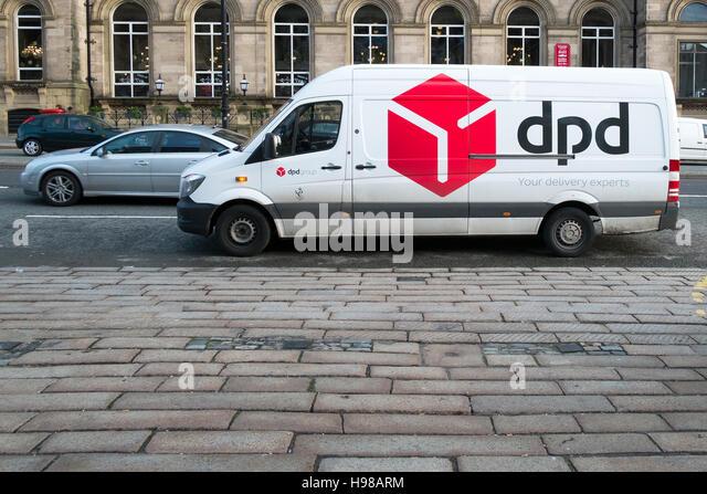 dpd parcel delivery stock photos dpd parcel delivery stock images alamy. Black Bedroom Furniture Sets. Home Design Ideas