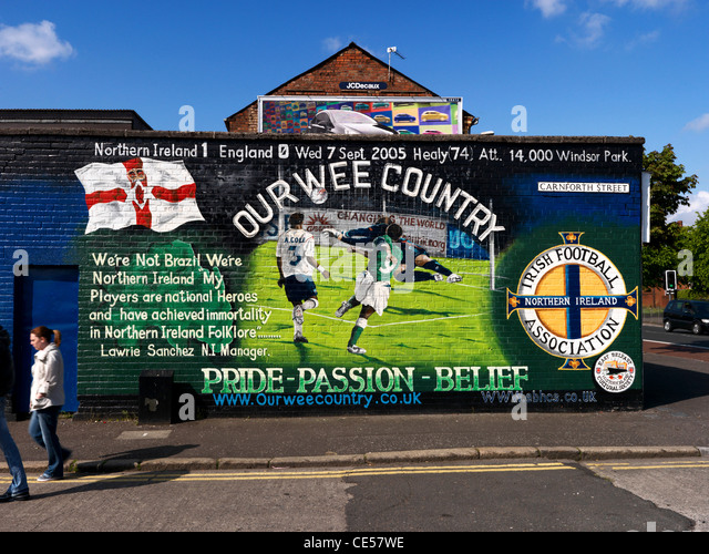 Wall mural belfast stock photos wall mural belfast stock for Mural belfast