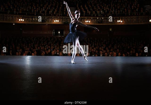 ballet dancers on stage - photo #19