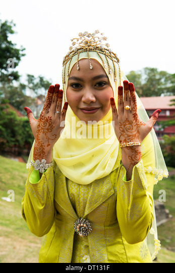 malacca women Meet melaka malaysian women for friendship and find your true love at muslimacom sign up today and browse profiles of melaka malaysian women for friendship for free.
