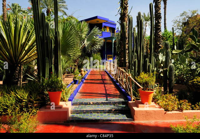 Jardin majorelle stock photos jardin majorelle stock for Jardin marrakech