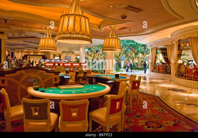POKER TABLES Inside The WYNN HOTEL And CASINO   LAS VEGAS, NEVADA   Stock  Image