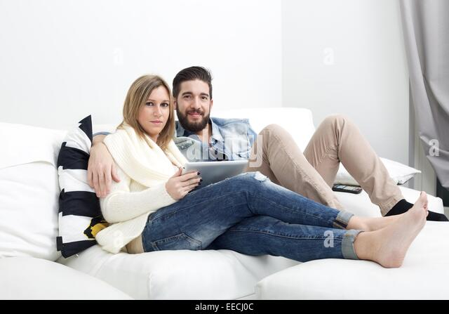 couch dating Dating coach evan marc katz, your personal trainer for love, offers dating advice for women and men and personal dating coaching members area dating coach – evan marc katz | understand men.