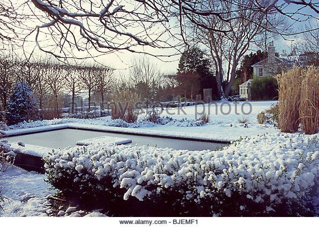 Private garden sussex design stock photos private garden for Winter garden pool