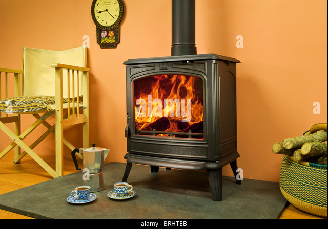 woodburning fire stock photos woodburning fire stock images alamy. Black Bedroom Furniture Sets. Home Design Ideas
