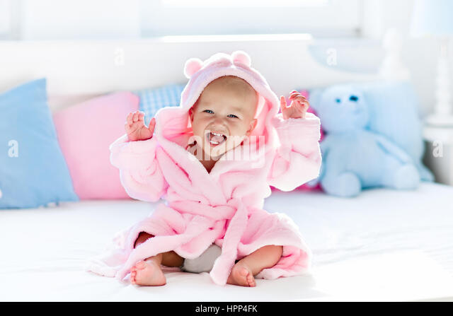 Toddler Lotion Stock Photos & Toddler Lotion Stock Images - Alamy